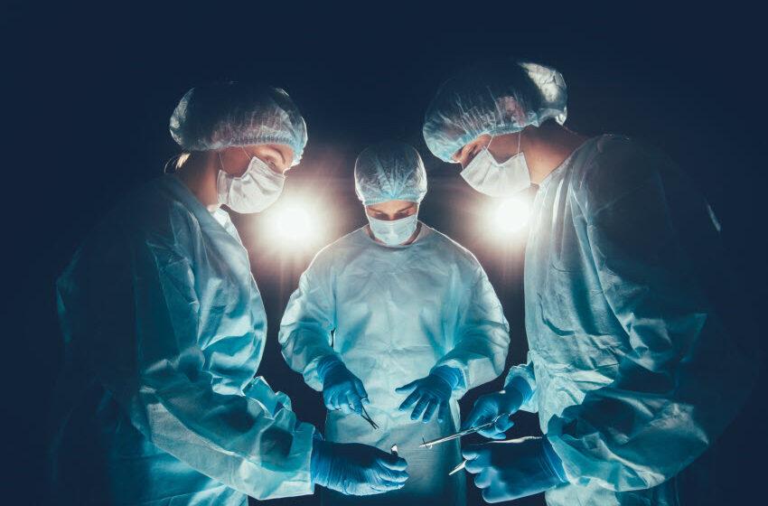 רשלנות רפואית בניתוח לב פתוח: שאלת האחריות והאפשרויות המשפטיות